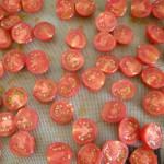 Préparation des tomates confites
